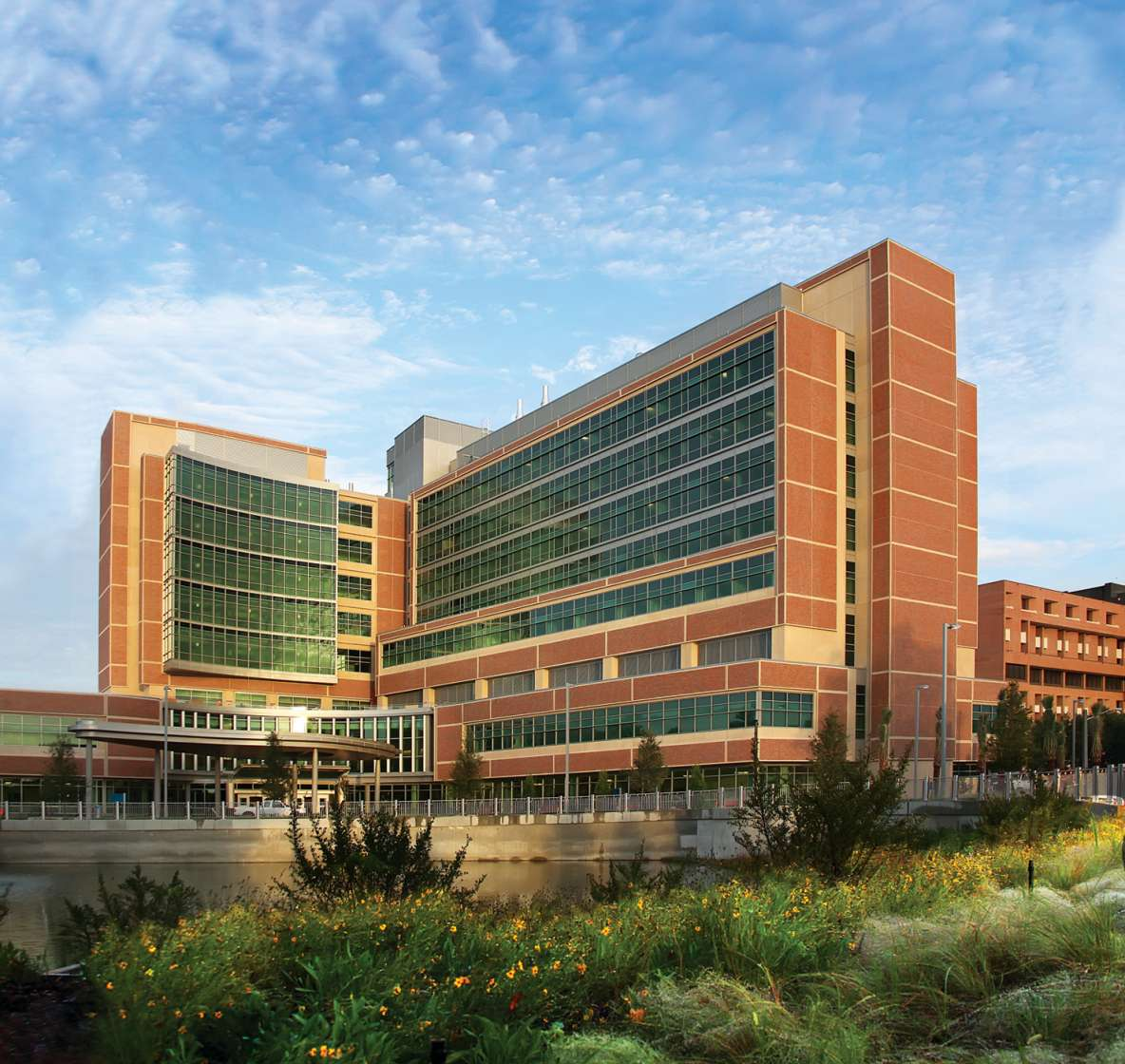 picture of uf cancer hospital