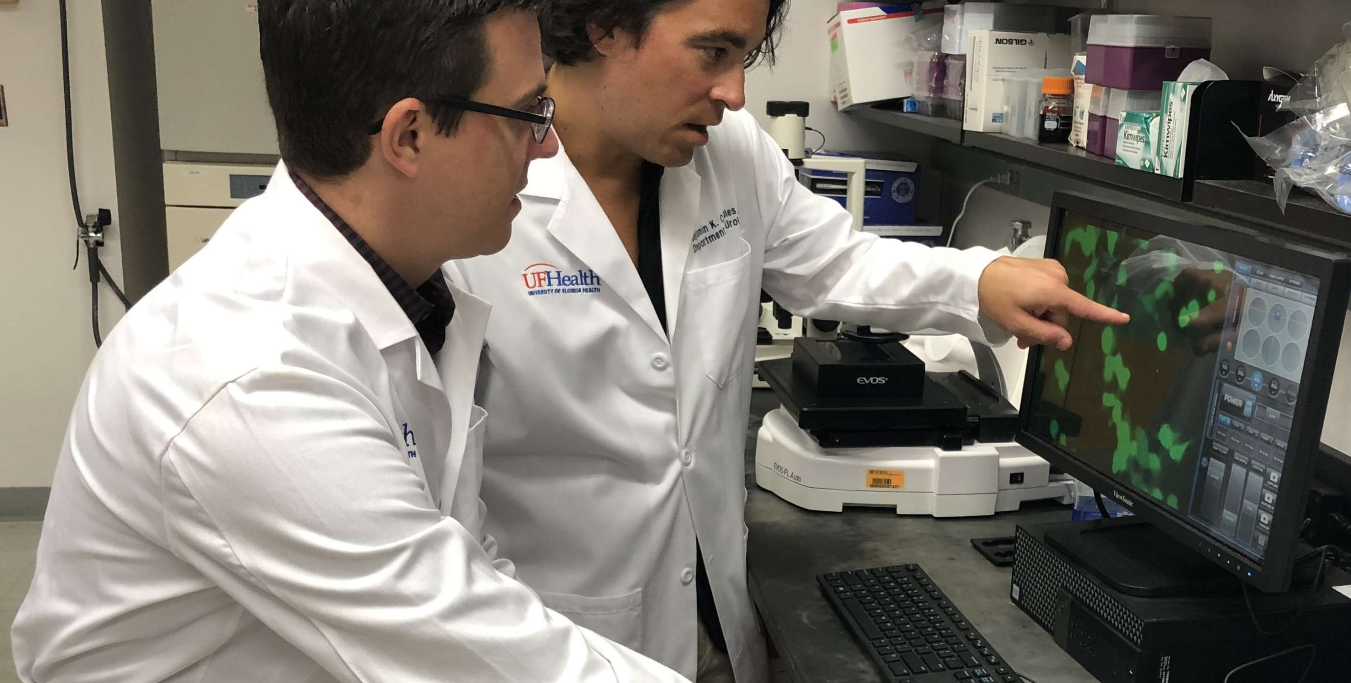 picture of drs canales and donelan in the lab